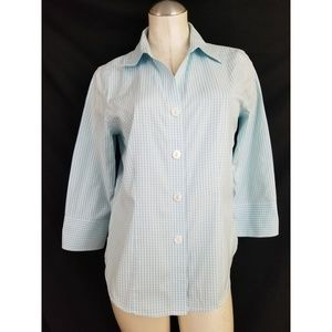 Foxcroft Size 6 Fitted No Iron Button Down Top